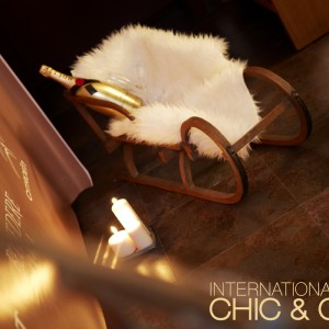 Chic & Cozy: Apres-ski Weekend